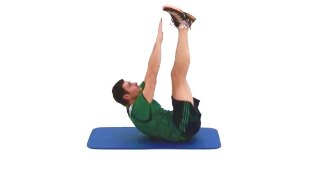 Exercices abdos toe touchs